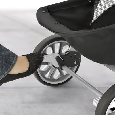 Chicco Bravo Trio Travel System Brake