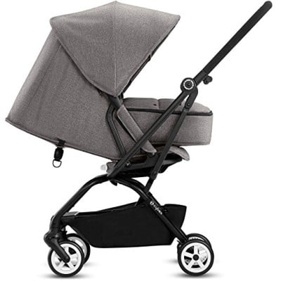 Cybex Eezy S Twist with newborn cocoon
