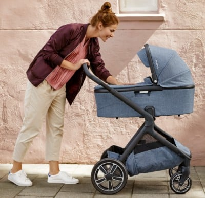 Nuna Demi Grow 2018 with bassinet