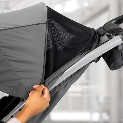 Chicco Mini Bravo Plus - Canopy with zippered mesh panel