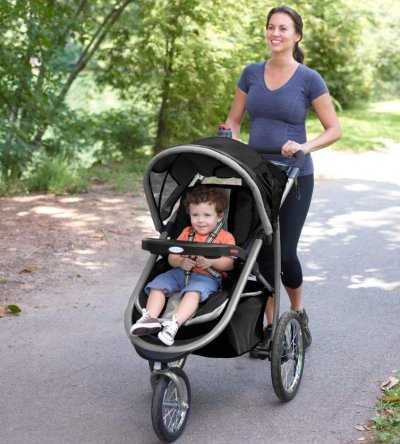 Graco FastAction Fold Jogging Stroller is perfect choice for parents who like all-terrain walks and jog once in a while