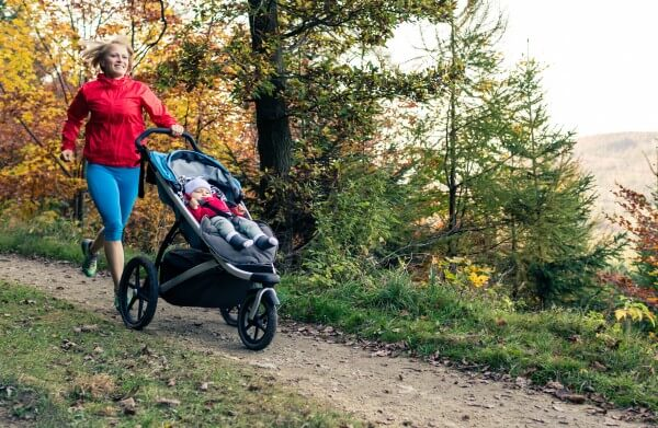 Jogging with Thule Urban Glide in woods