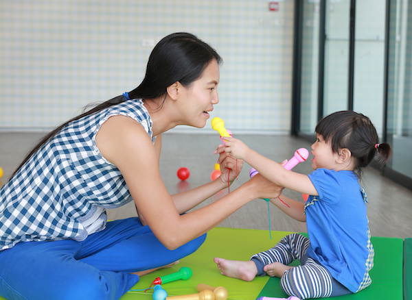 How does singing to baby influence baby's cognitive development?
