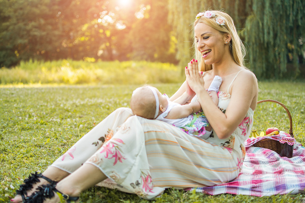 Singing to baby has important influence on mom-baby bonding