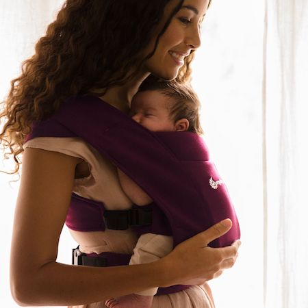 Carrying a newborn baby in Ergobaby Embrace