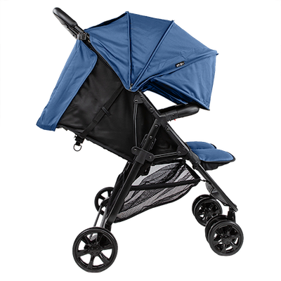 ZOE The Twin+ - full recline and fully extended canopies