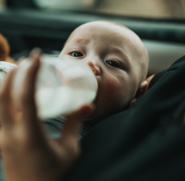 Why you may need breast pump and bottle feed your baby
