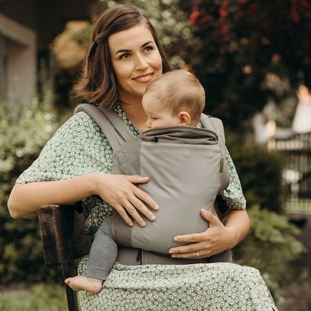 Boba 4GS User-friendly toddler carrier with pocket